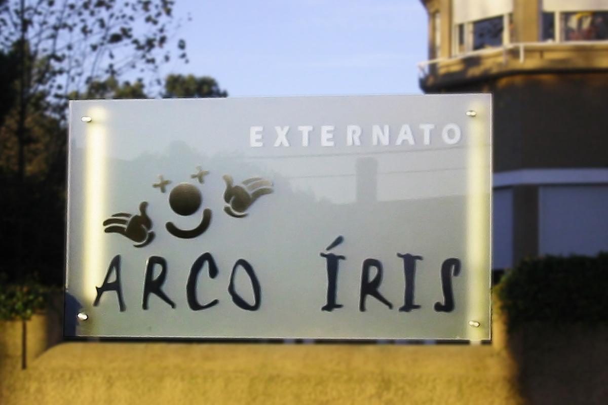 Painel Externato Arco Íris (Recorte de Vinil)